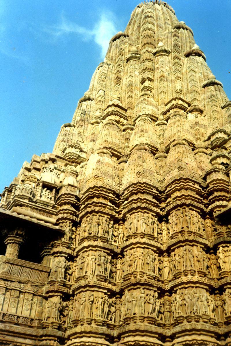 Kandariya_mahadeva_temple